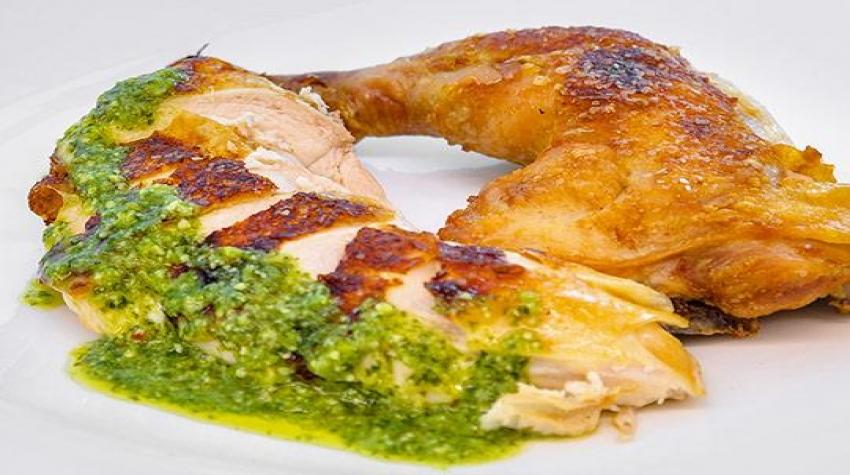 brick-style-chicken-zaatar-infused-cilantro-pesto-pickles-minors-food-service-recipe-540x400_resized